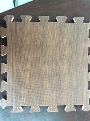 Wood effect interlocking floor tiles Europe popular